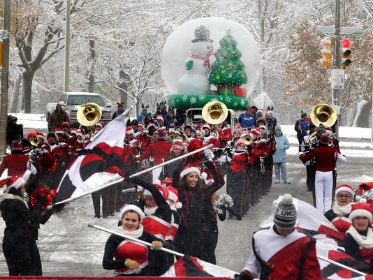 Milwaukee Holiday Parade