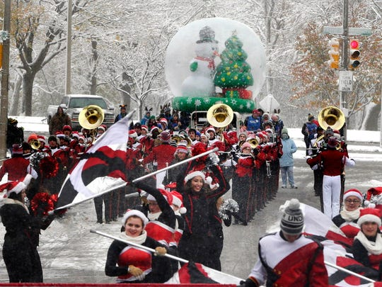 The Milwaukee Holiday Parade will be downtown on Nov.