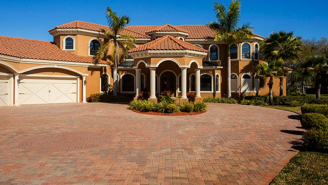 Exterior of the $1.2 million house former FSU player and current Tampa Bay Buccaneer player Jameis Winston bought.