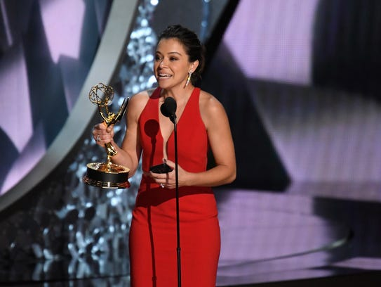 Tatiana Maslany accepts the award for Outstanding Lead