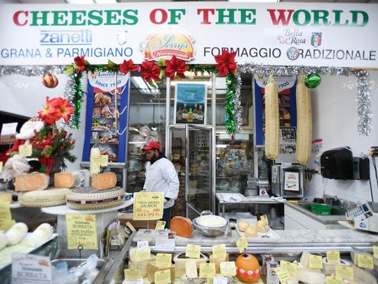 """Smile and say """"Cheeses of the World"""" at one of Jerry's"""