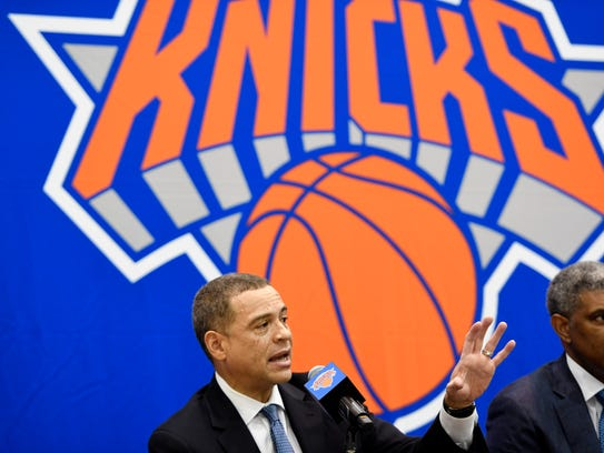 New York Knicks new general manager Scott Perry, left,