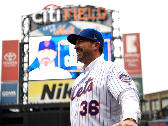 Mickey Callaway is named the new manager of the New York Mets during a press conference on Monday, Oct. 23, 2017, in Flushing, N.Y.