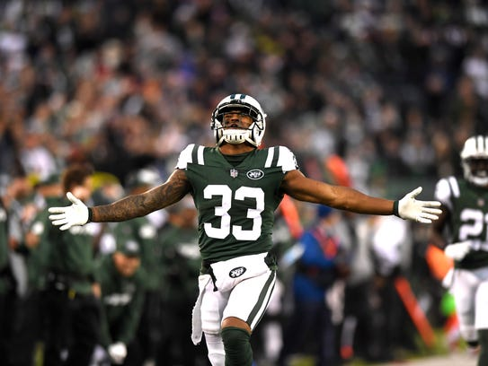 New York Jets strong safety Jamal Adams (33) reacts