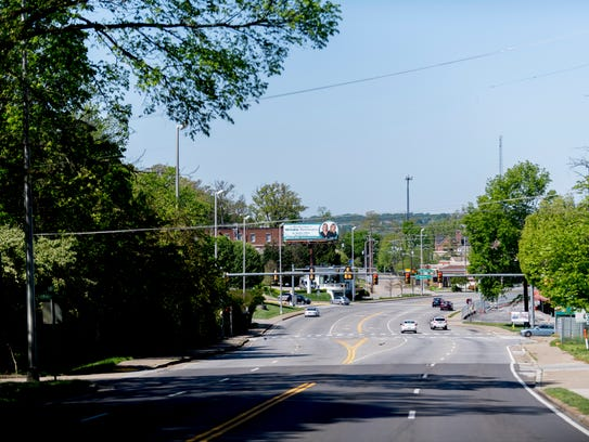 A view down Kingston Pike from approximately 4249 Kingston