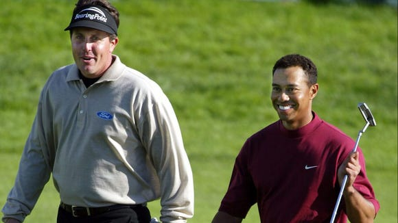 Mike Tirico reveals why Tiger Woods and Phil Mickelson have a huge advantage over the Masters' field