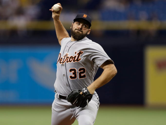 Detroit Tigers starting pitcher Michael Fulmer delivers