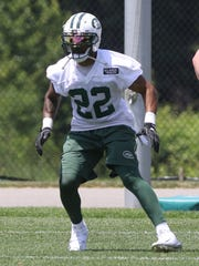 Running back Matt Forte looking to go out for a pass.
