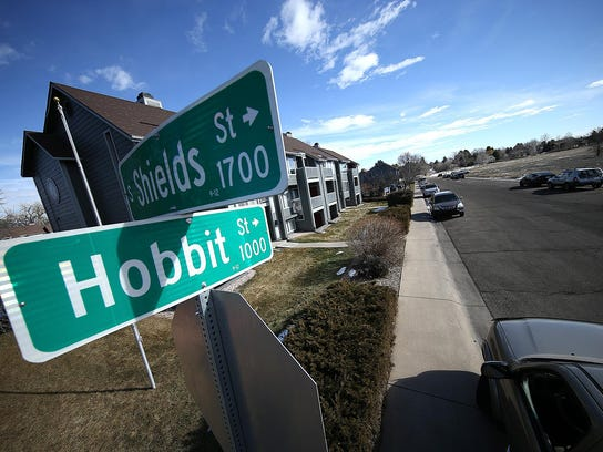 The street sign at the corner of Fort Collins' Hobbit