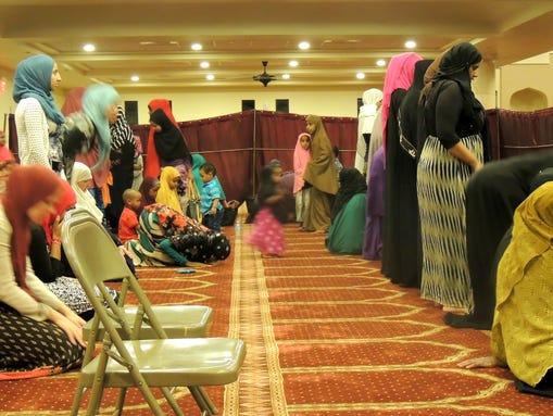 ICCP Phoenix women pray