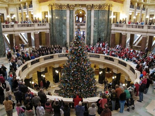 FON 1202 Capitol Christmas tree.jpg