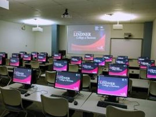 Uc Seeks Plan For New Lindner Business School
