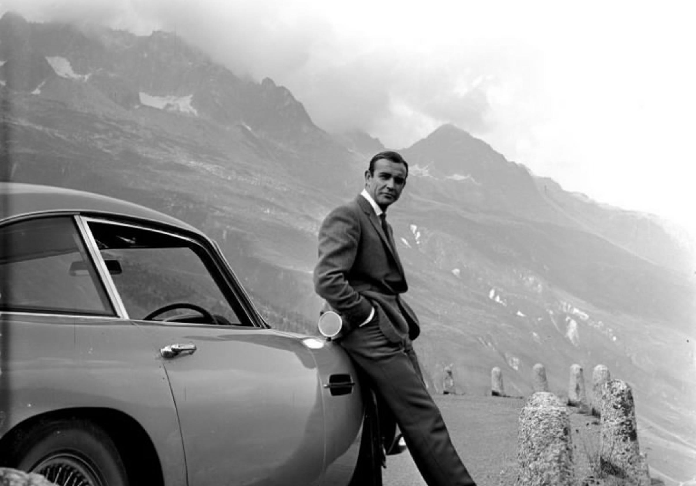 Tv James Bond