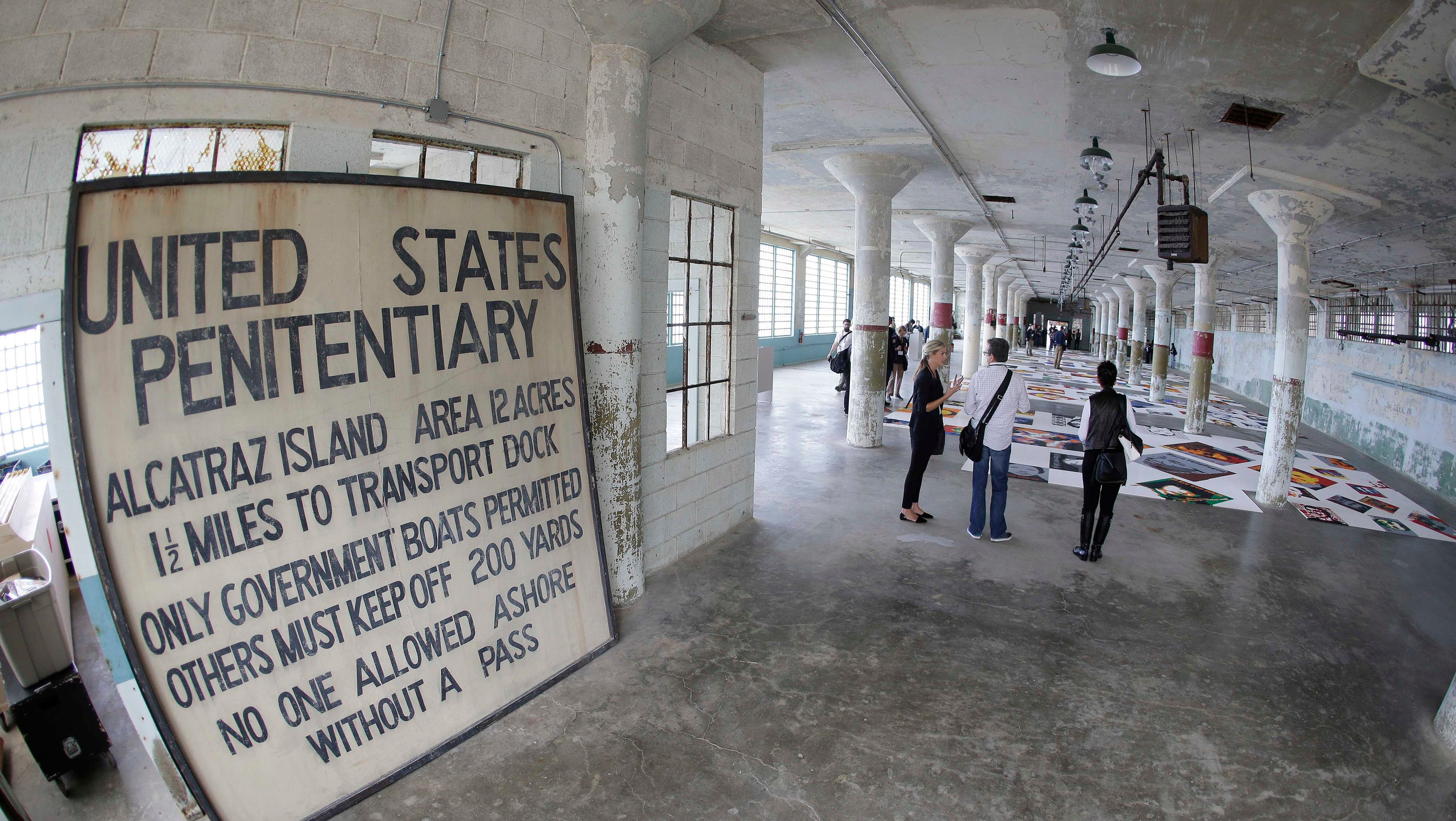 alcatraz exhibit is tribute to political prisoners. Black Bedroom Furniture Sets. Home Design Ideas