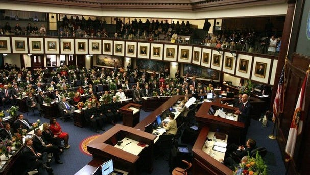 Florida Legislature must change law on write-in candidates.
