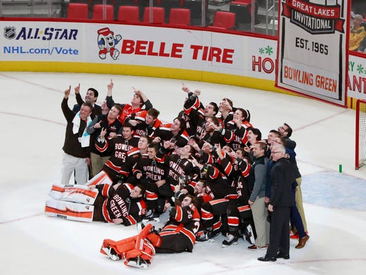 Members of the Bowling Green hockey team pose after