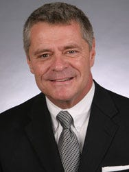 Roanoke Mayor David Bowers