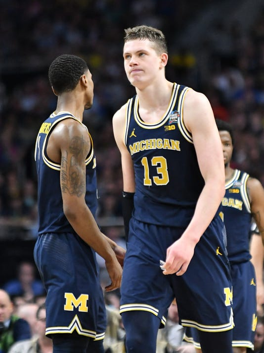 636583054296152779-2018-0402-rb-michigan-villanova0625.jpg