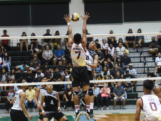 Tiyan High's Jericho Snaer attempts to get the kill