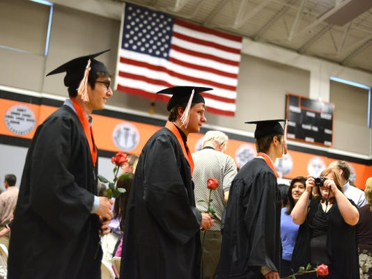 SAL0606-silverton graduation