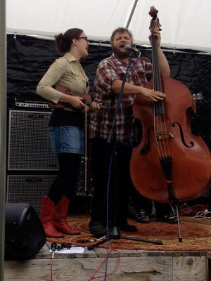 Rachel Pearson and Ben Luttermoser of Behind the Times will perform at the 19th annual Crossroads Ceili in Ann Arbor.