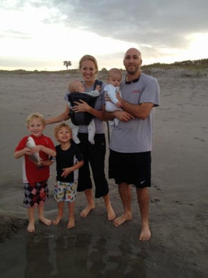 Melissa Richeson knows how to brave the beach with little kids.