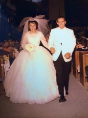 The wedding photo of Gary Smalley and his wife, Norma.