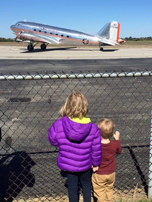View vintage planes at Bowman Field Heritage Festival
