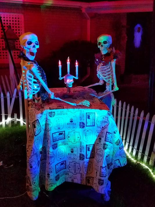 636446190003281591-Debi-s-Halloween-2-2017.jpg