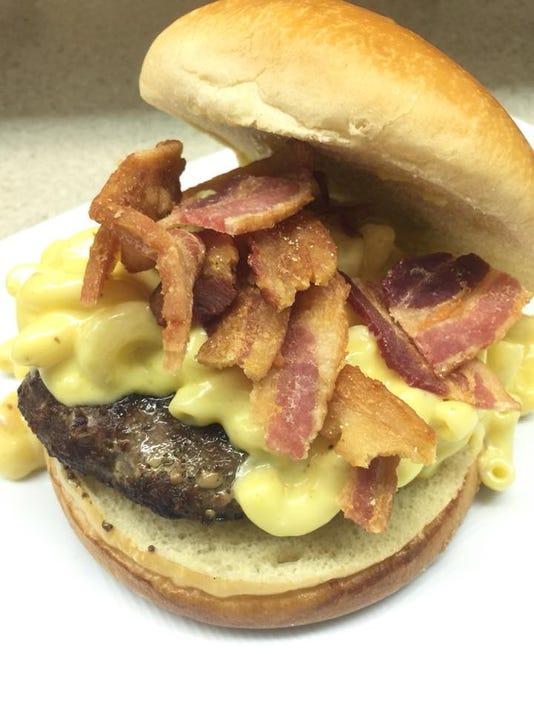 636464224638950000-grill-man-burger.jpg
