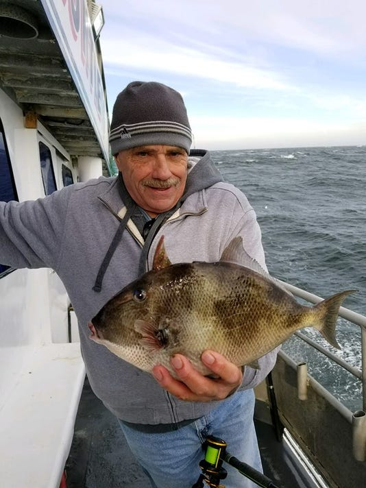 636479914579230288-dauntless-fishing.jpg