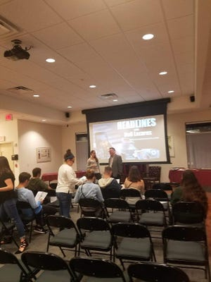 Hillel hosted a seminar with Neil Lazarus, a Jewish educator.