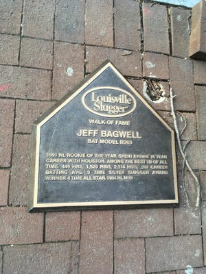 Jeff Bagwell's bat on the Louisville Slugger Hall of Fame has gone missing