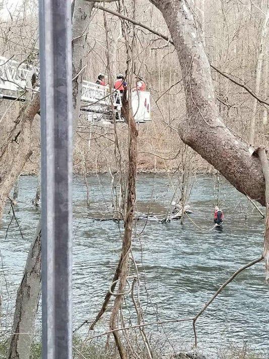 636596800411740988-croton-river-rescue-3.jpg