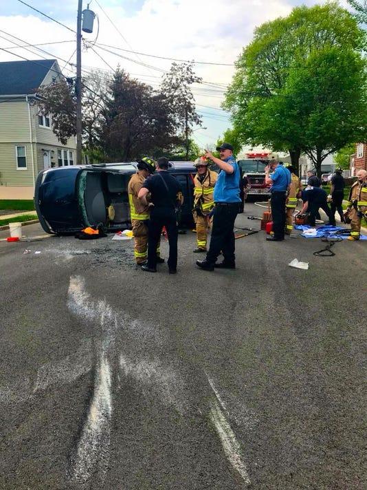 636610468359397365-Linden-overturned-vehicle.jpg