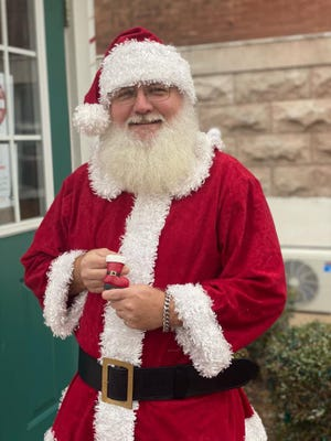 Santa Clause will be in Paris 3-7 p.m. Monday, Tuesday, Thursday and Friday Dec. 1-23.