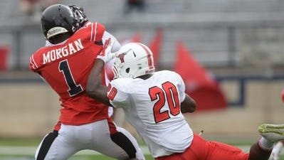 Parkway's C.J. Morgan will sign with Mississippi State in football on Thursday.