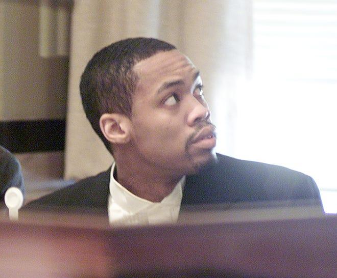 Murder defendant Julius D. Jones in District Judge Bass' courtroom. Photo by Paul Hellstern