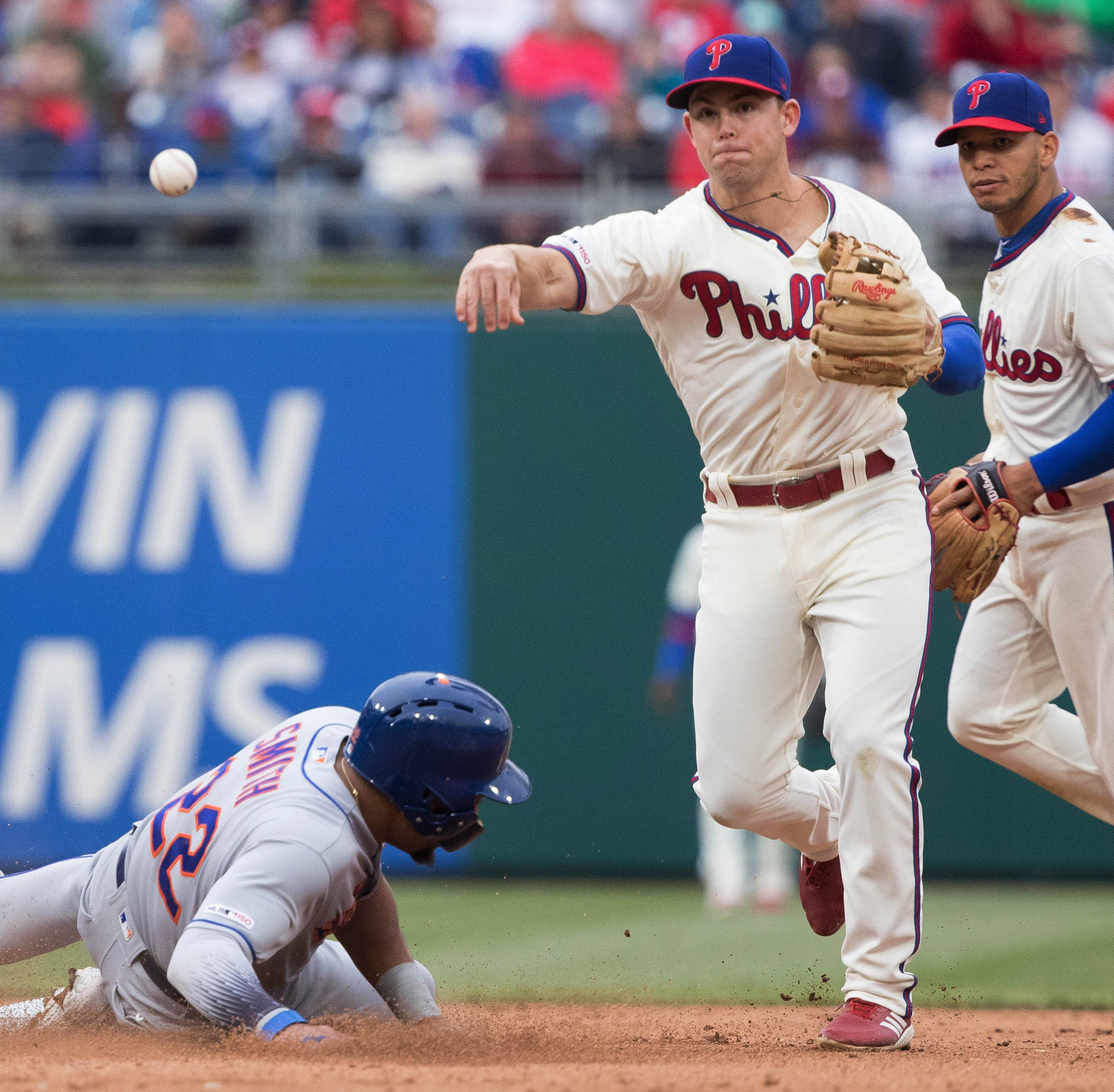Kingery's versatility will prove vital for Phillies this time