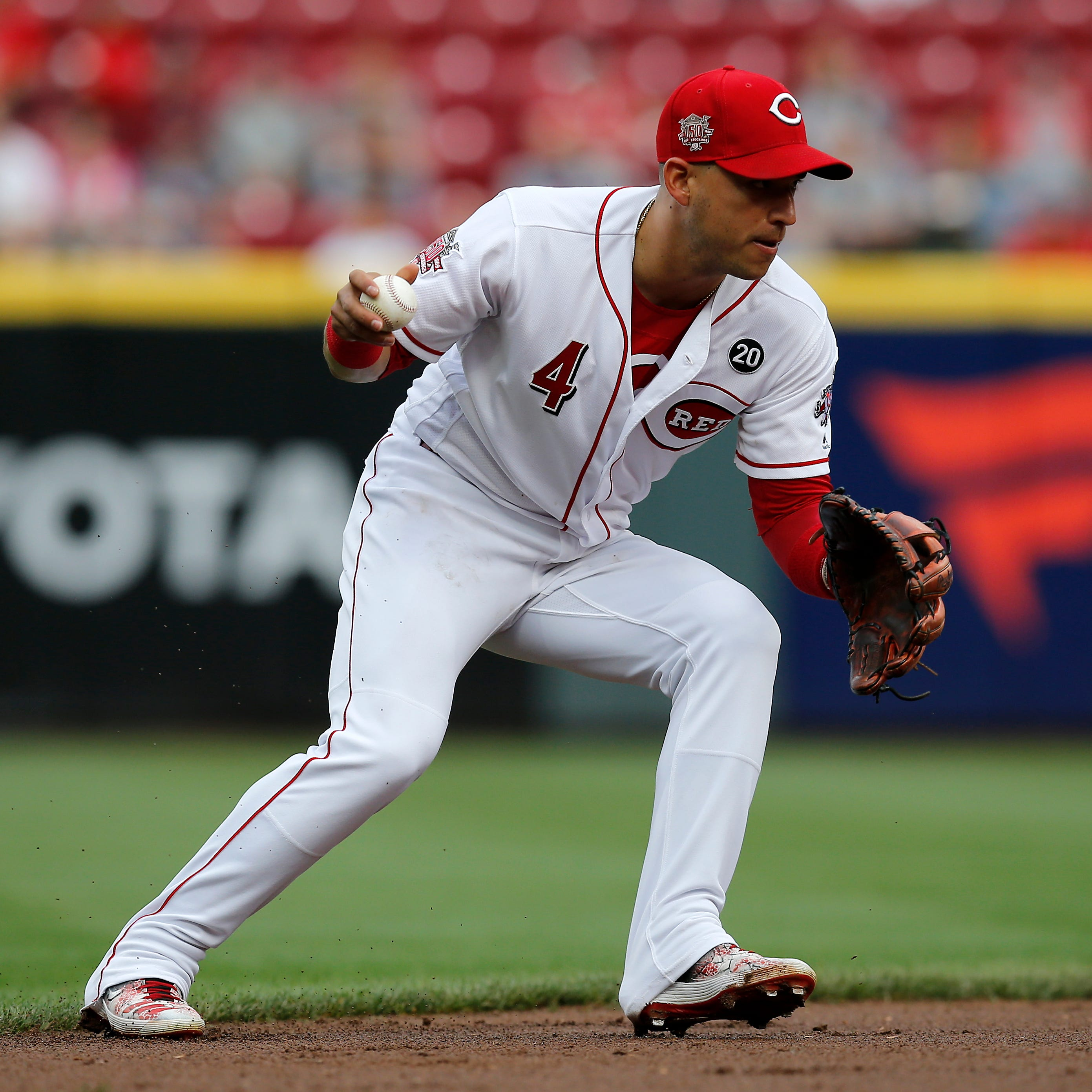 The Show before The Show: José Iglesias wows Cincinnati Reds teammates in pregame routine