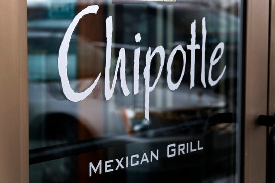 A new Chipotle Mexican Grill opening next week in Sterling Heights will have a drive-thru.
