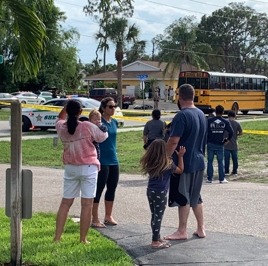 Motorcyclist dies after crashing into rear of Lee County school bus in Bonita Springs