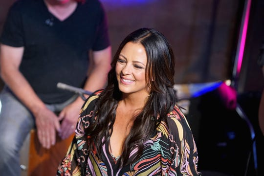 Sara Evans will perform July 27 at Oneida Casino.