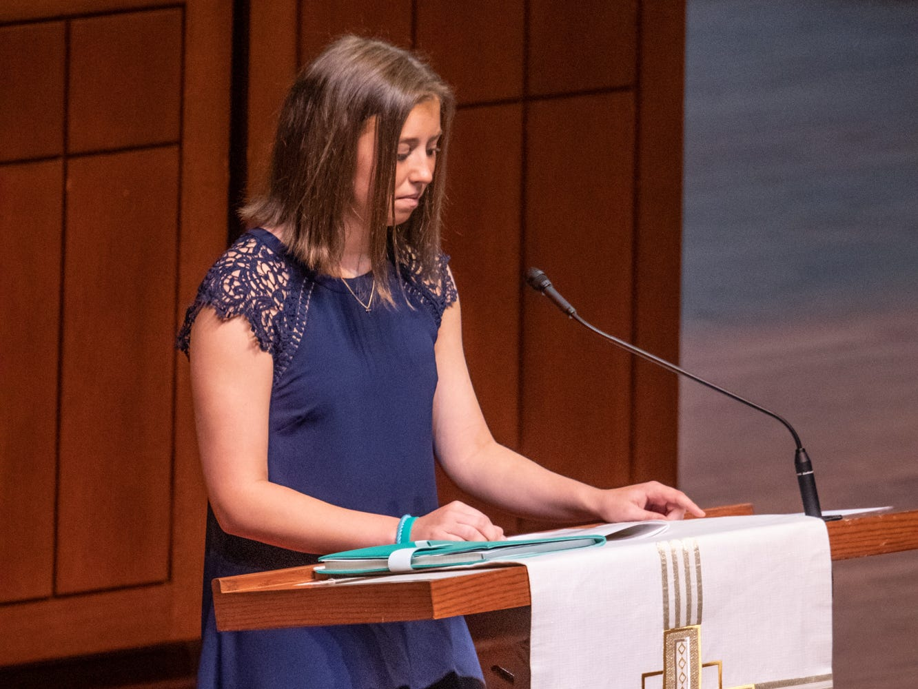 Elizabeth Lugar, granddaughter of former U.S. Sen. Richard Lugar, speaks during her grandfather's memorial service held at Saint Luke's United Methodist Church in Indianapolis, on Wednesday, May 15, 2019. Lugar served as mayor of Indianapolis from 1968 to 1975 and U.S. senator from 1977 to 2013. He died April 28, 2019, at the age of 87.
