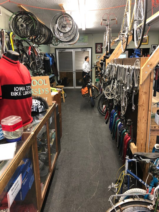 The inside of the Iowa City Bike Library located at 700 S Dubuque St.