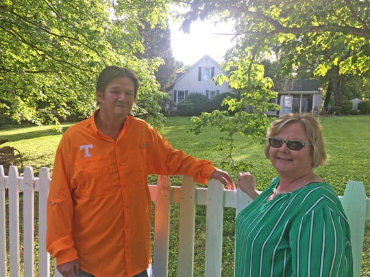 Barbara Mynatt, right, and her husband, Joey, are trying to turn Barbara's dreams of being a wedding decorator into a reality.