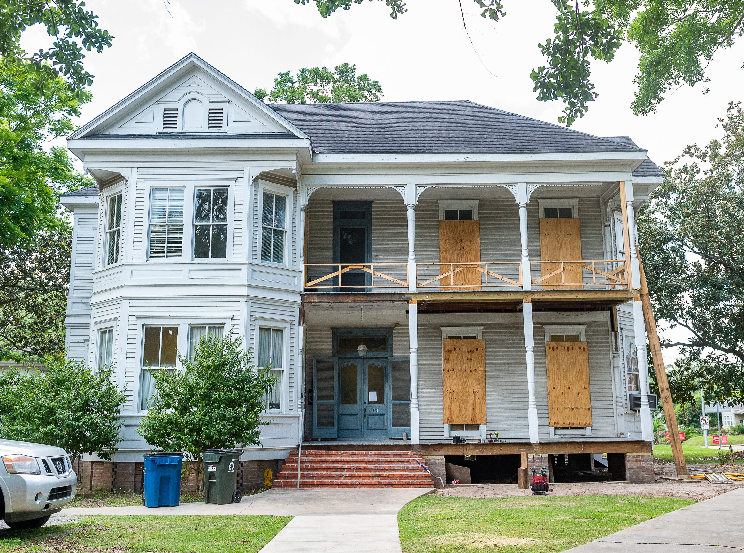 Restoration efforts underway at The Roy House, One of the oldest buildings on UL's campus. Wednesday, May 1, 2019.