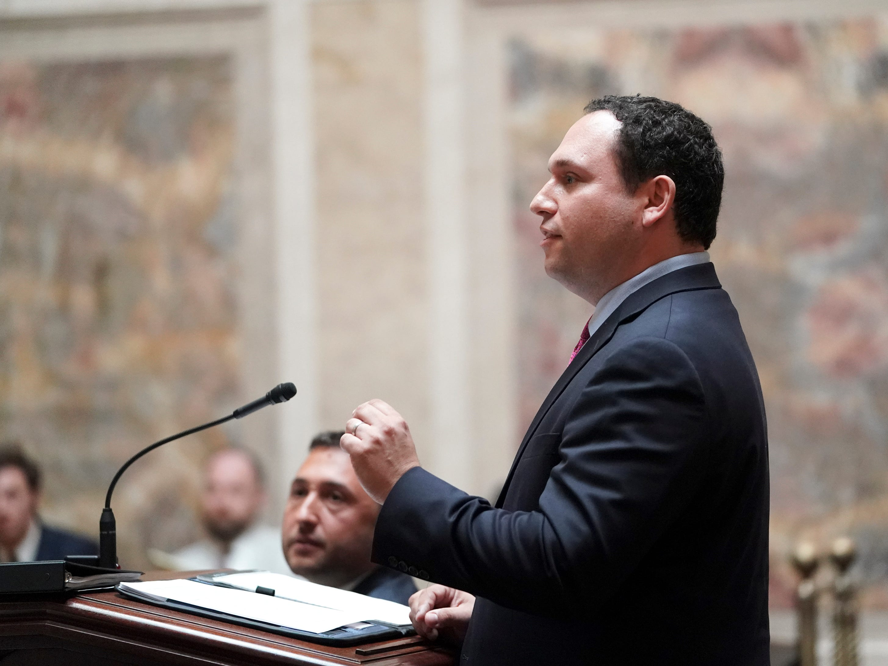 Jeffrey Mandell, an attorney for the League of Women Voters of Wisconsin and other groups, during oral arguments at the Wisconsin Supreme Court.