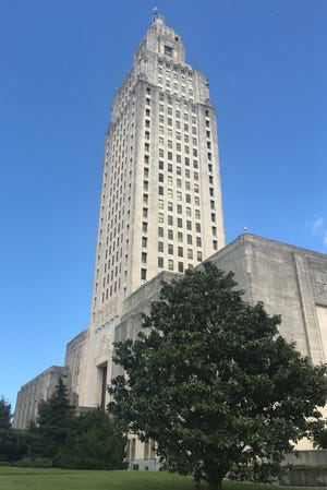 Louisiana State Capitol, spring 2019