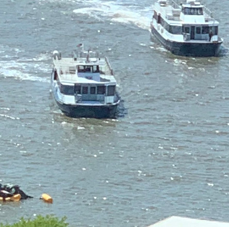 Helicopter comes in short for landing, goes down in Hudson River